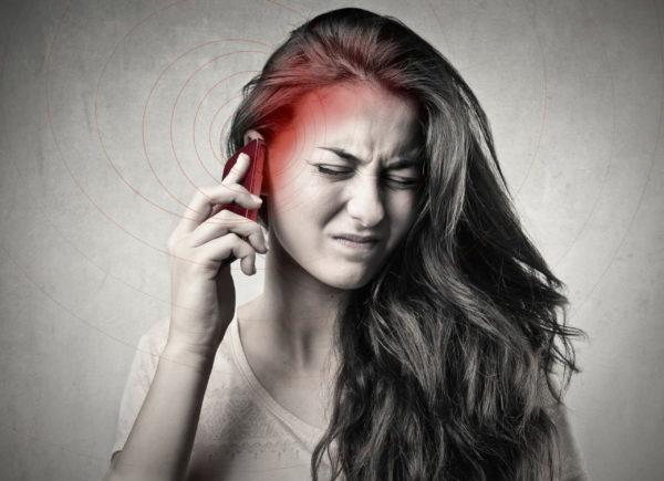 Микроволновое излучение мобильных телефонов превышает границы безопасности
