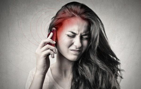 Mikrowellenstrahlen von Mobiltelefonen überschreiten Sicherheitsgrenzen